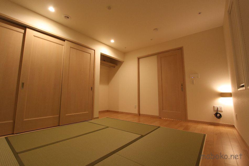一条工務店 主寝室 畳 間接照明